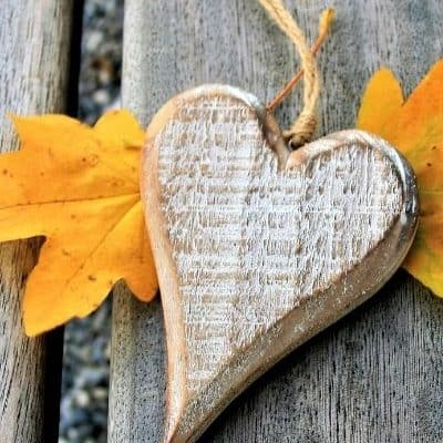 20 Scriptures to Help You Fall in Love with Jesus